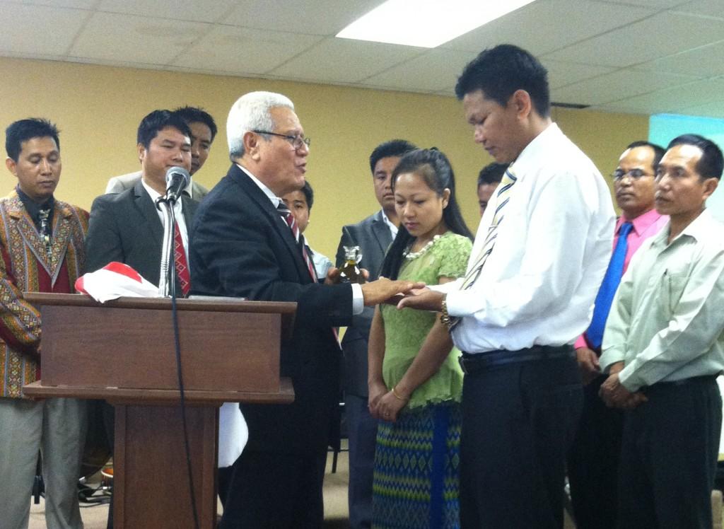 Tlumang, Simon ordination 081014 (2)